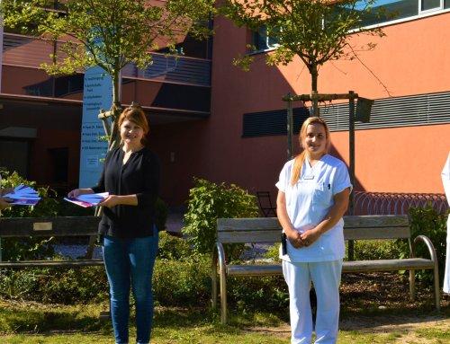 Nördlinger Pflegekräfte erhalten Gutscheine für die Salzgrotte